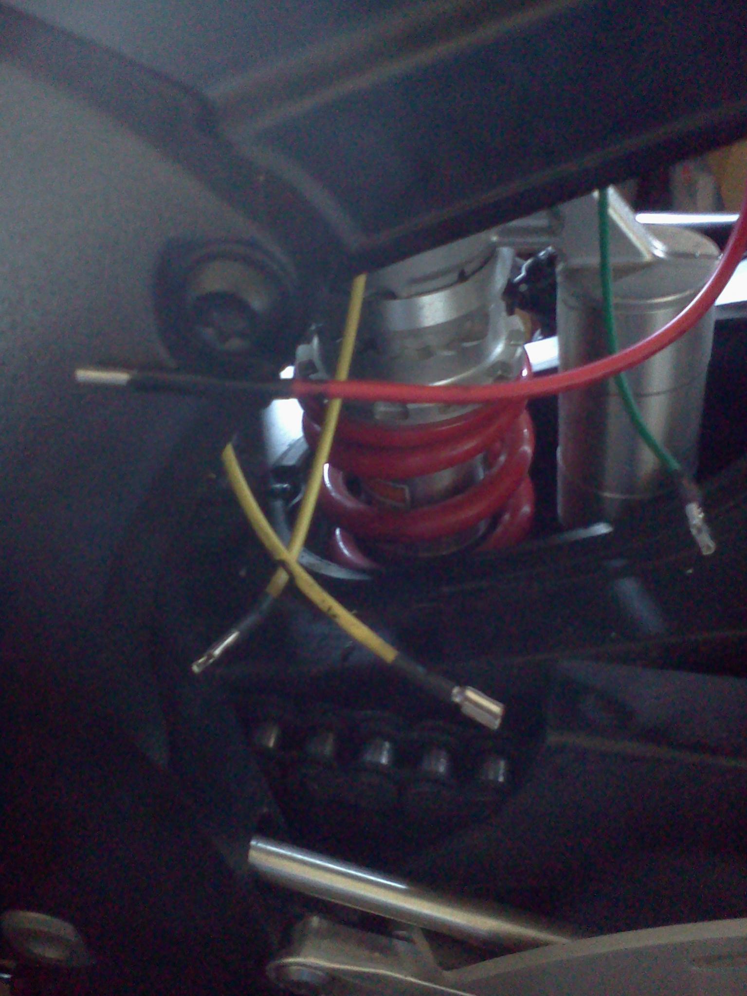 Fixing Wiring to new Regulator Please Help! - Yamaha R6 Forum: YZF